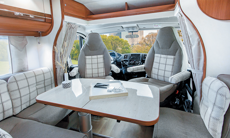 migrateur 60lg camping car profil ultra compactfleurette. Black Bedroom Furniture Sets. Home Design Ideas