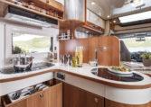 Camping Car 7 Places Fleurette Magister 70LD Cuisine