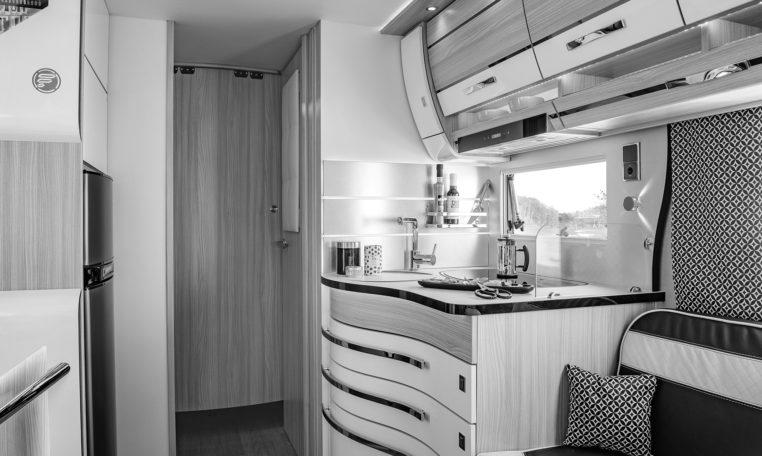 Camping Car Avec Salon Arriere Fleurette Discover 75LOFT Cuisine