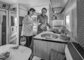 Camping Car Compact Fleurette Migrateur Blackpearl 64LDF Cuisine Personnages