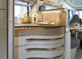 Camping Car Integral Moins 6m Florium Wincester 65LMC Cuisine