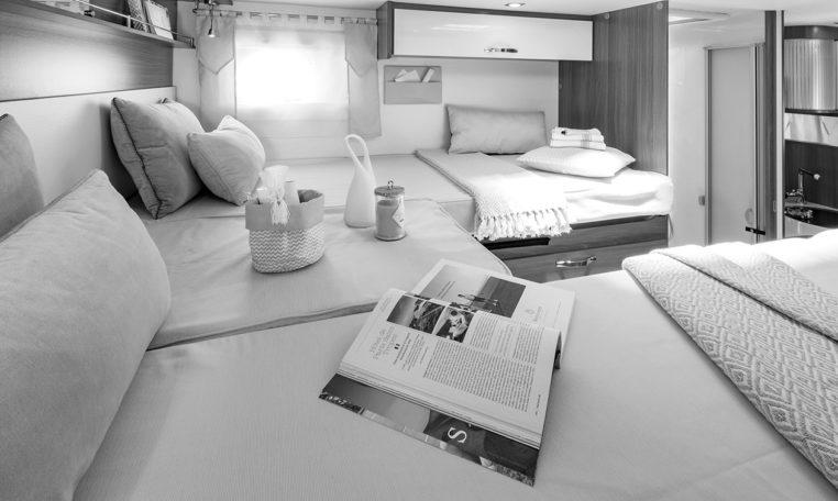 Camping Car Lit Jumeaux Et Lit Pavillon Fleurette Mayflower 69LJG Chambre
