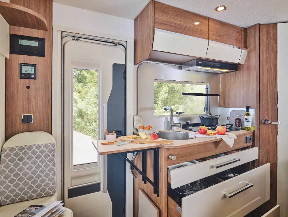 Camping Car Profile Fleurette Migrateur 60lg Cuisine
