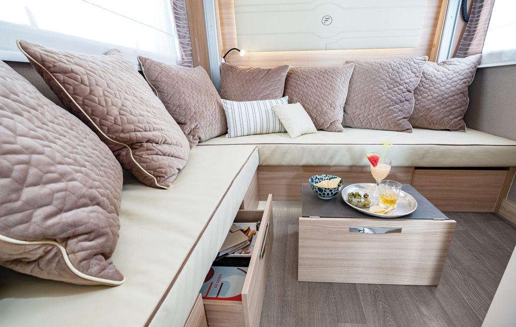 Camping Car Salon Arriere Florium Wincester 75LOFT Salon
