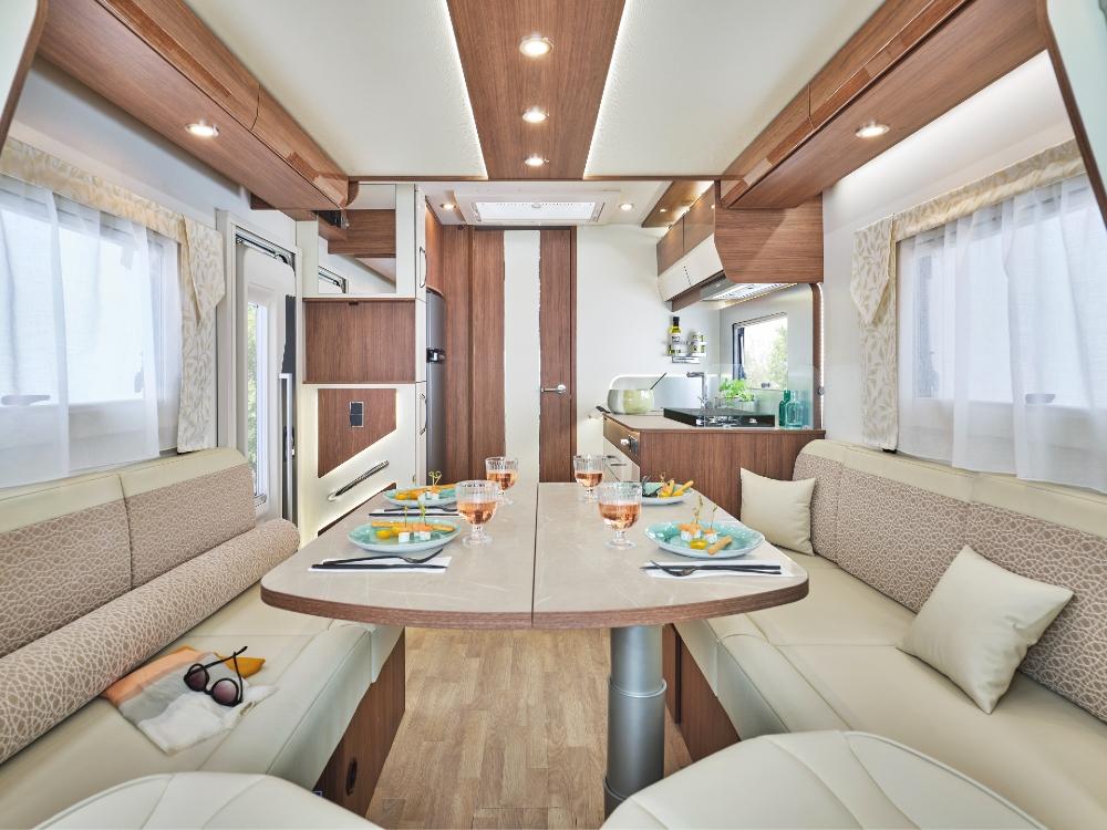 Camping Car Profile Fleurette Magister 67lo Salon